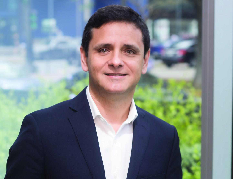 Víctor González, Regional Manager de Tripp Lite para Perú, Bolivia y Paraguay.