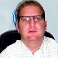 Ing. Michael Herschkowicz Director Segel Logistica S.A.