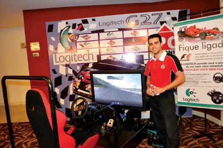 Latintour CDE 2012 Booth PC Tronic junto a Logitech